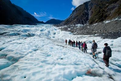 SetWidth1200-Fox-Glacier-Hike-New-Zealand